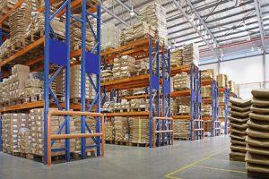gudang karo rak multilayer ing pabrik