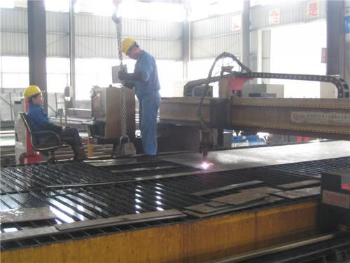 Tampilan pabrik12